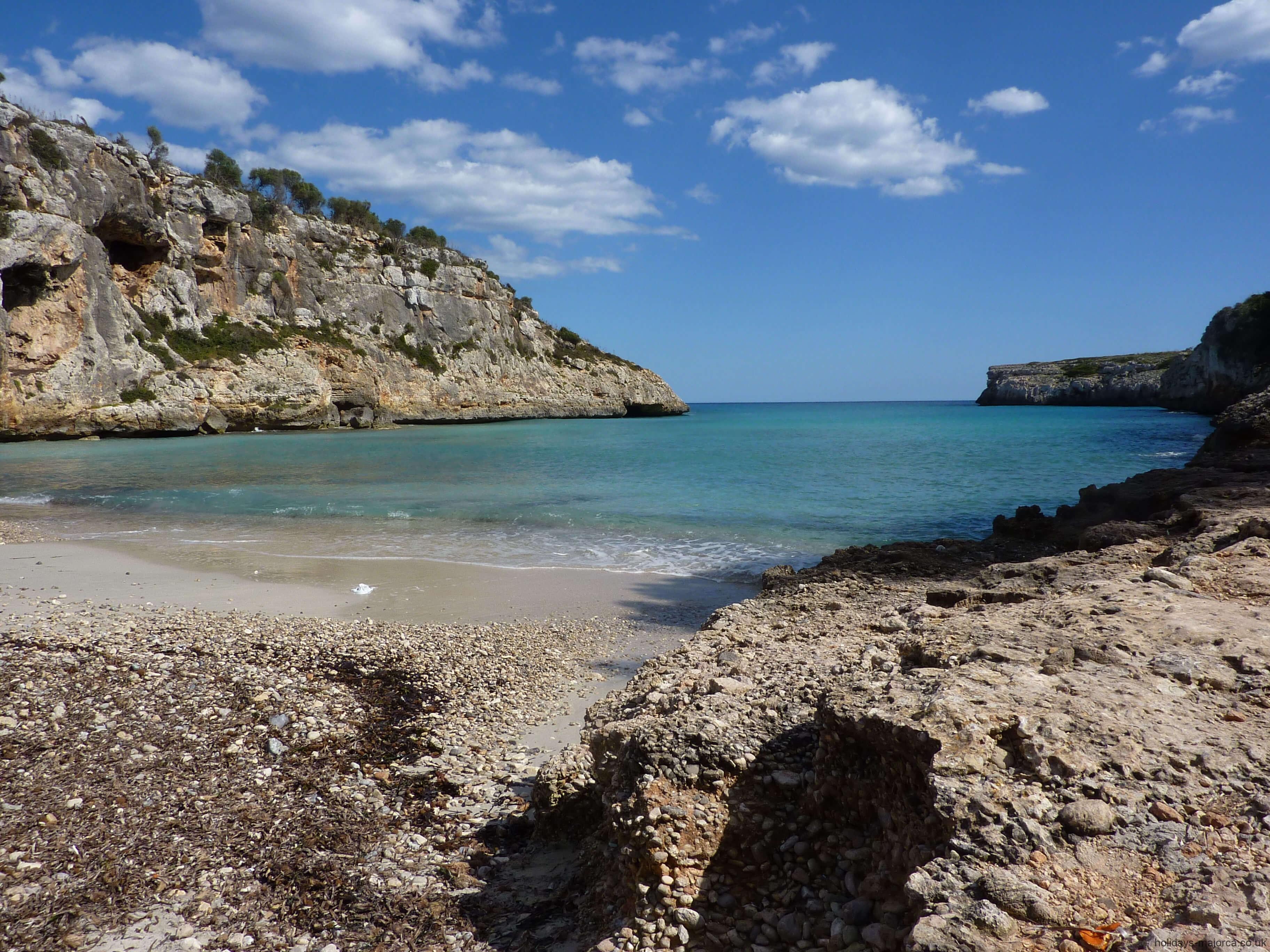 Cala Bota Majorca Beach Guide