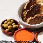 Aioli / Alioli, Olives and Bread - A Majorcan Snack