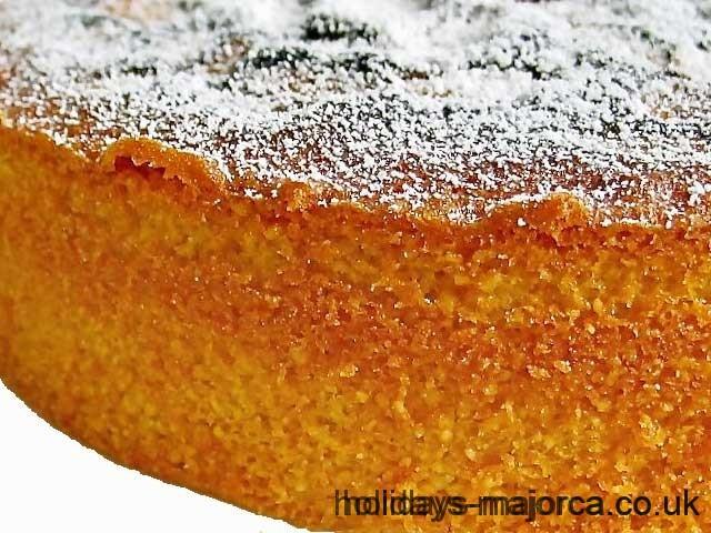 Majorcan almond cake