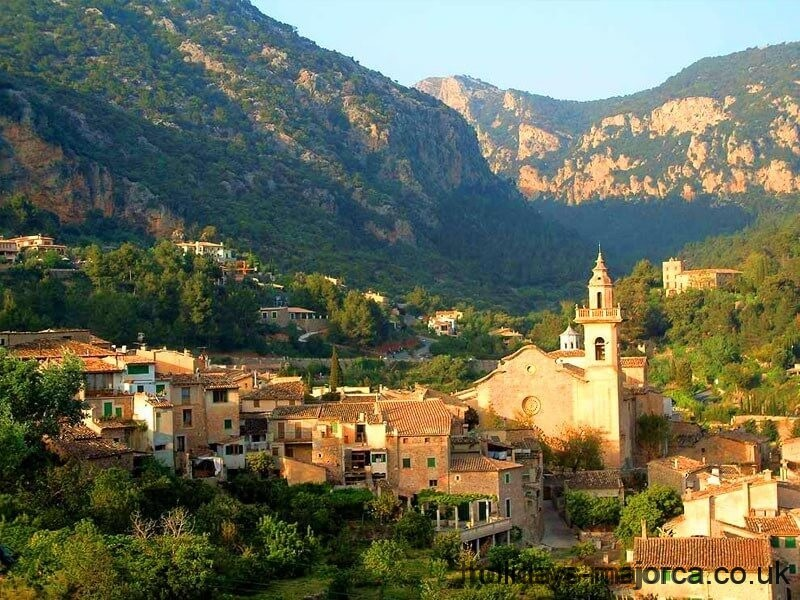 A Guide to Puigpunyent Majorca