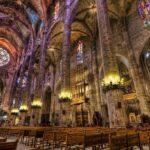 Palma Cathedral internal pillars
